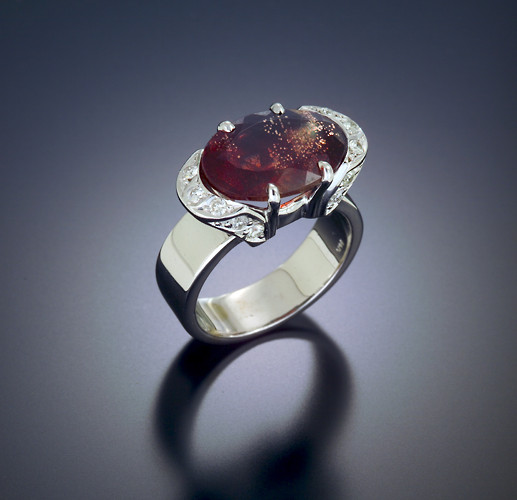 Intense Red with Schiller Ring